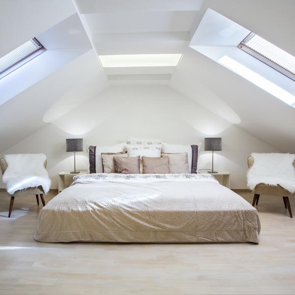 Hoe ontwerp je een extra slaapkamer op zolder?