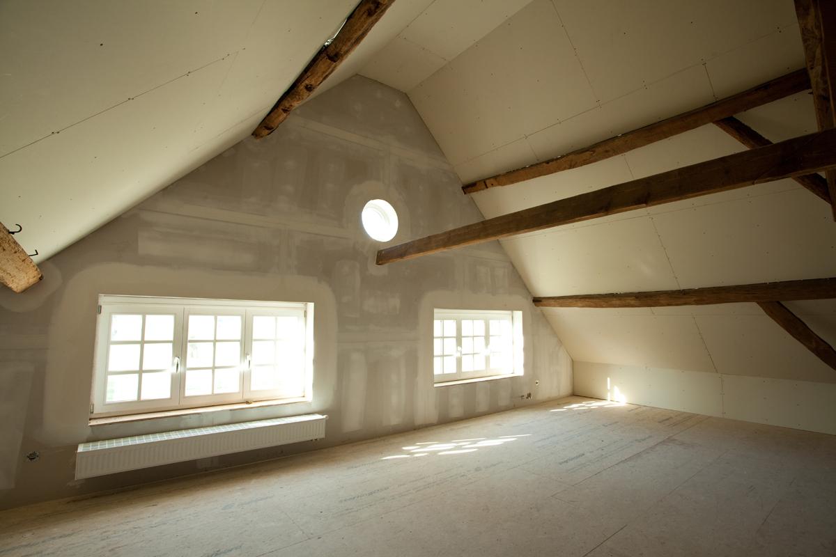 Zolder renovatie sd schrijnwerkerij sd schrijnwerkerij - Trap toegang tot zolder ...