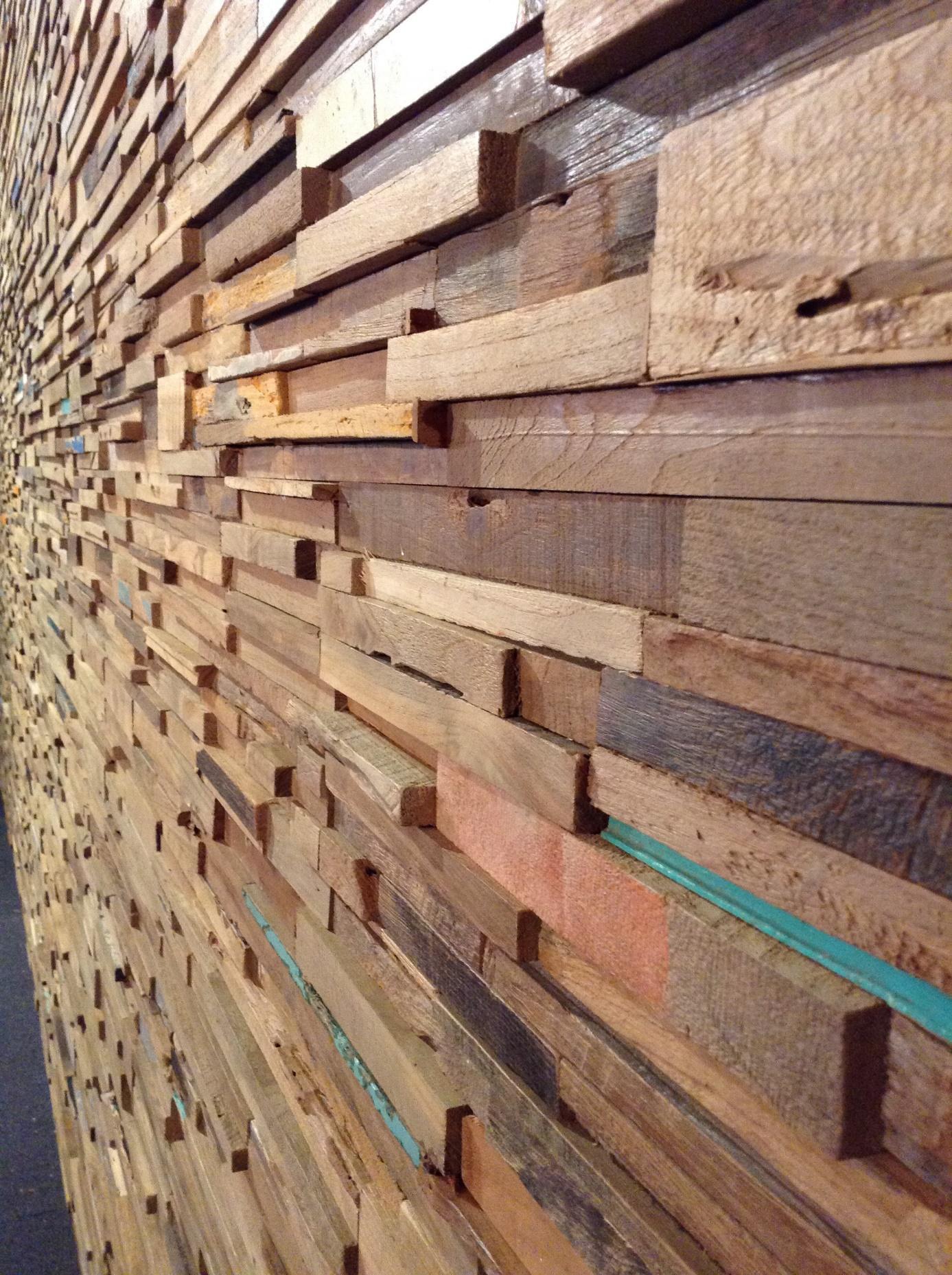 Wandbekleding in hout sd schrijnwerkerij sd schrijnwerkerij - Interieur gevelbekleding houten ...