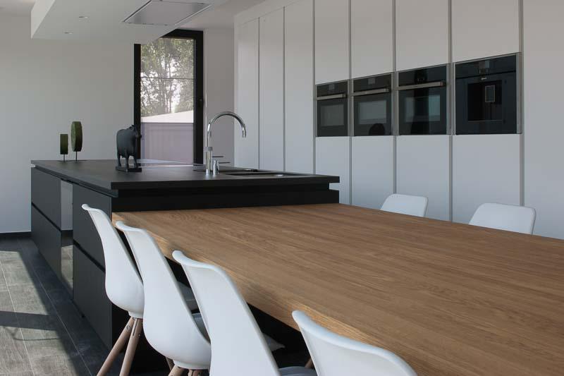 Uitvoering keuken en dressing herentals sd schrijnwerkerij sd schrijnwerkerij - Keuken centraal eiland ...