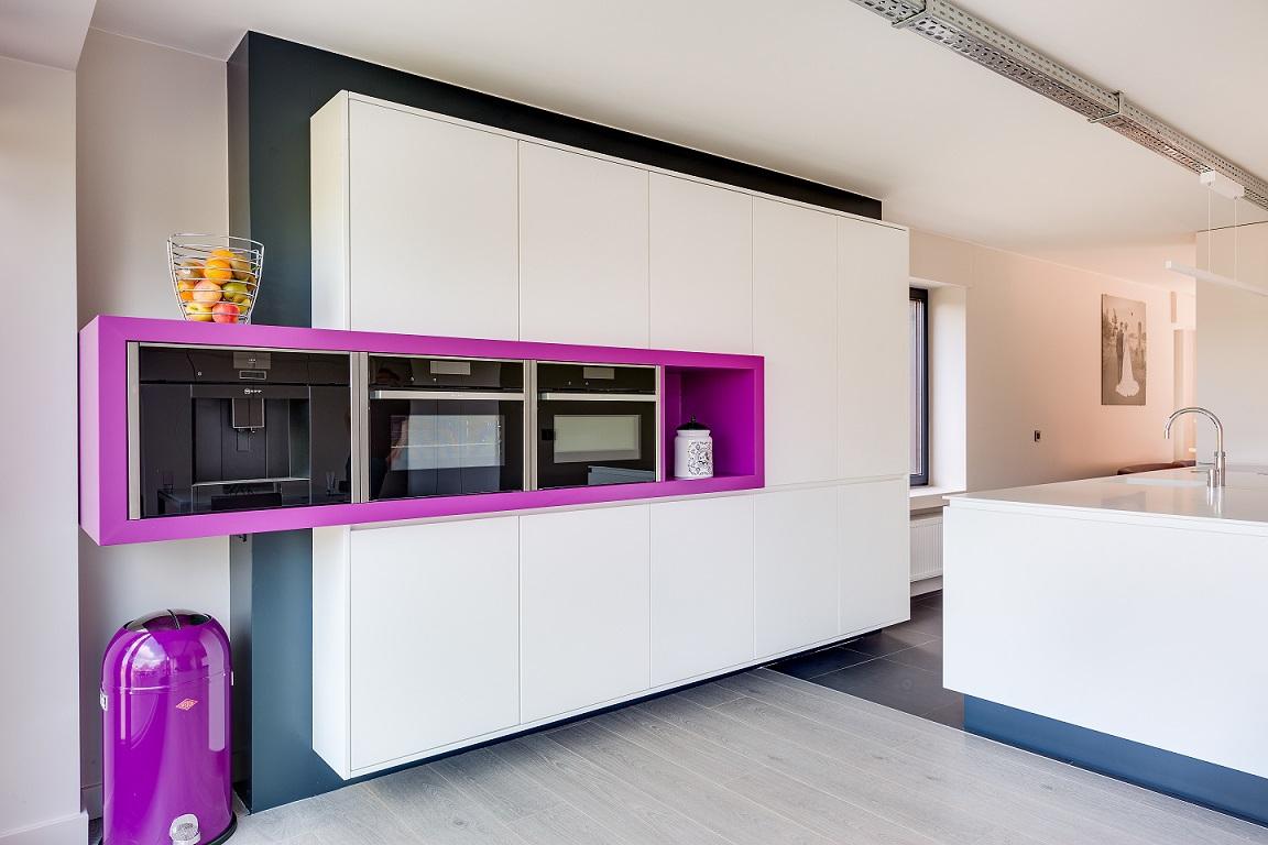 Uitvoering moderne keuken te geel sd schrijnwerkerij sd schrijnwerkerij - Moderne keuken kleur ...
